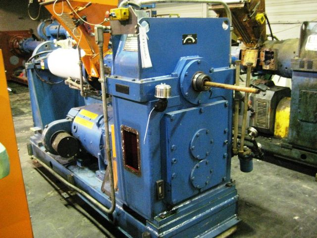 NRM Cold Feed Rubber Extruder