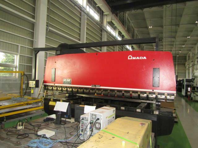Amada PRESS BEAKE RG-100L 100 Ton