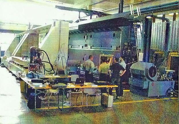 ET FIVE – 5 axis  Tilting Head – CNC FANUC 18i  20 000 rpm