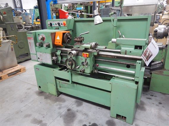 TOS Engine Lathe 2800 rpm SUI 32B