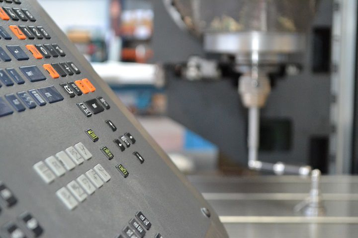 Correa Diana 25 Bed type milling machine 3000 rpm