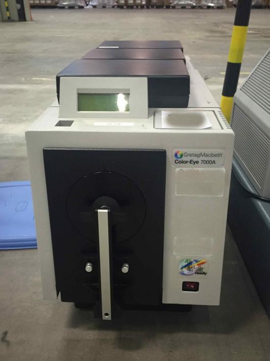 GretagMacbeth CE7000A Spectrophotometer