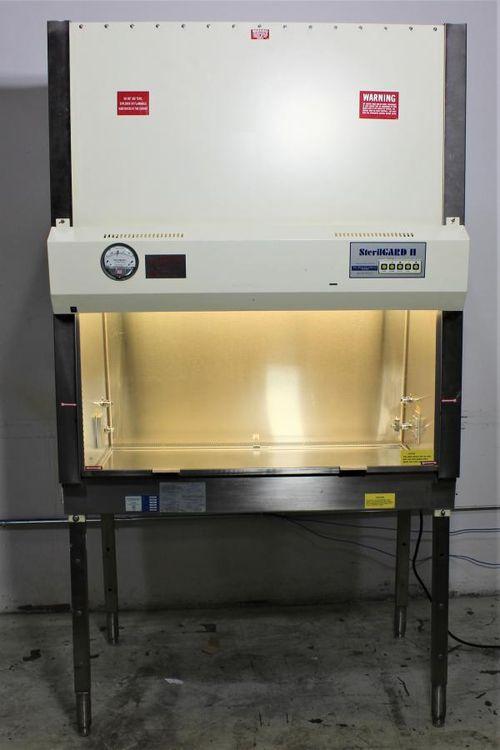 Baker SterilGARD 400 Biological Safety Cabinet