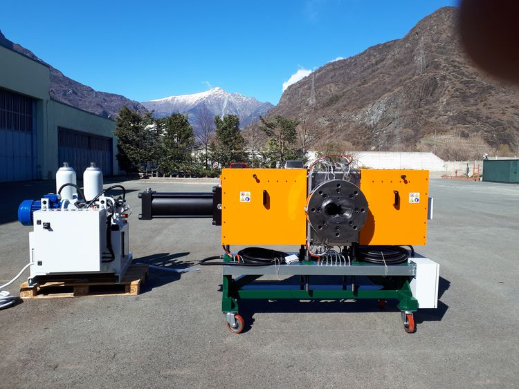 Made In Italy NEW SEMI-AUTOMATIC NON-STOP or MANUAL SCREENCHANGERS from 30 mm. to 400 mm. diam. screens