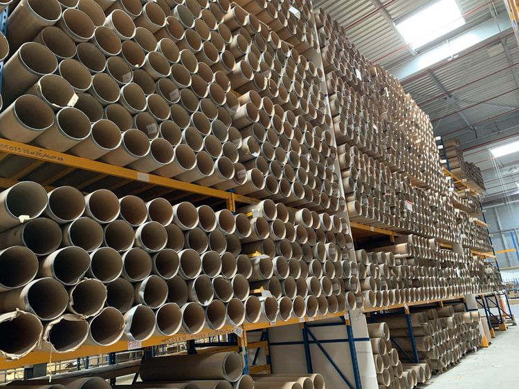 Spiral cardboard tube with steel strapping