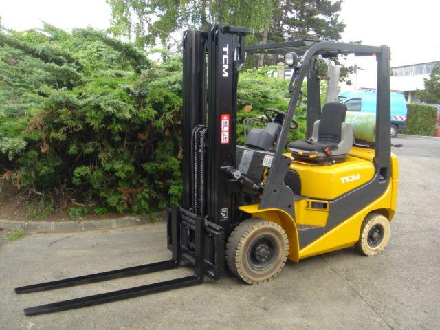 TCM FG18T9 LP Gas Forklift 1,800 kg.