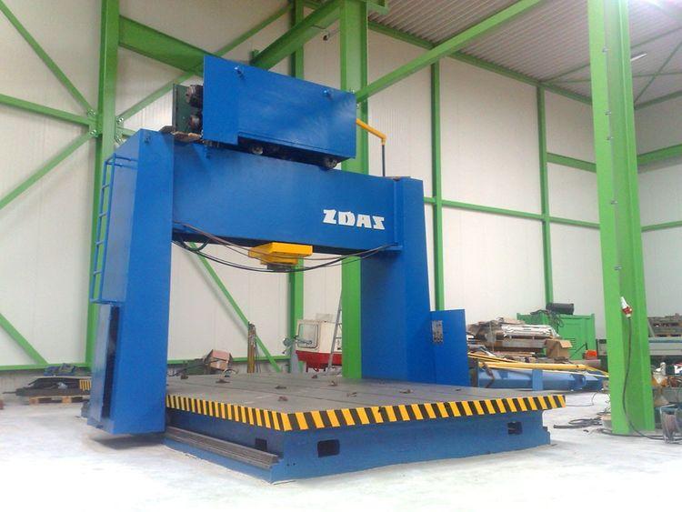ZDAS mobile straightening press 400 Ton
