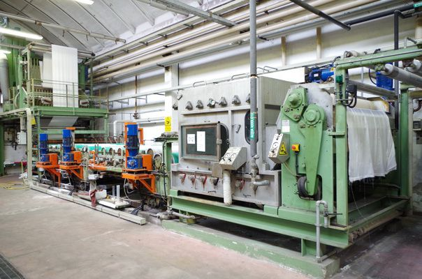 WAREHOUSE CLEARENCE OF 1st. CLASS TEXTILE MACHINERY