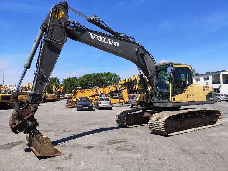 Volvo EC210 Crawlers Excavators