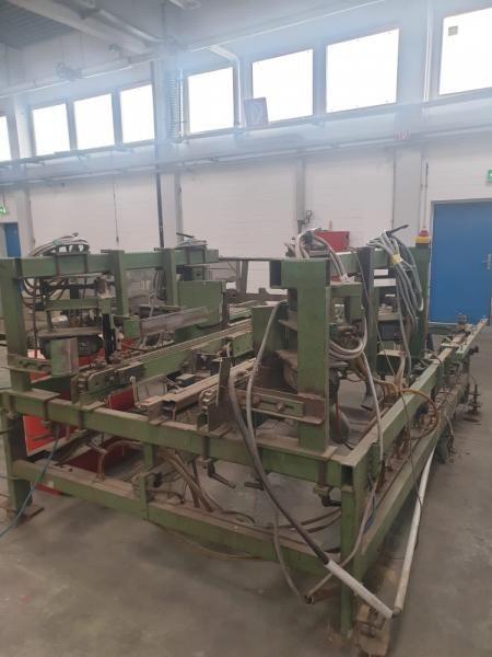 ES Pallet sawing machines