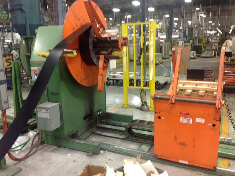 """Contour 009554 and 009555, 28 Stand 2"""" Roll Form Lines Max. 8,000 lbs"""