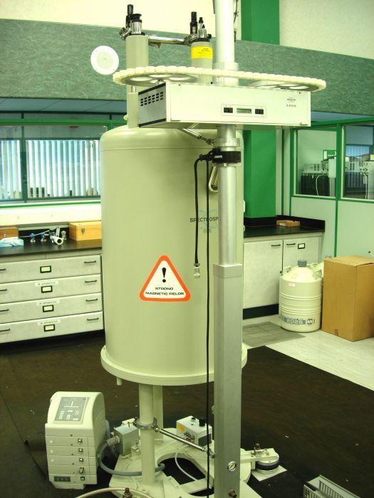 Bruker DRX-500 NMR Spectrometer
