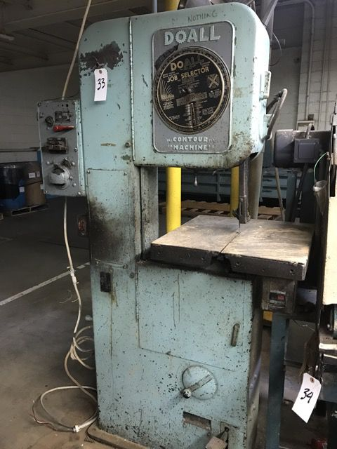 DoAll Vertical Band Saw Semi Automatic