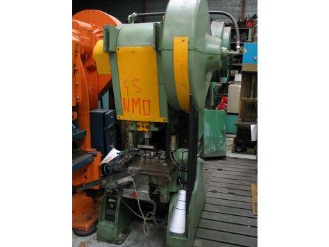 Remiremont I 32/200 P Max. 32 Ton