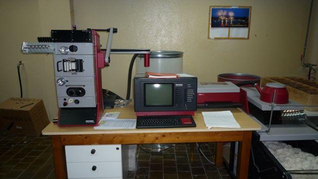 12 Uster Tester III, Tensiorapid Laboratory Equipments