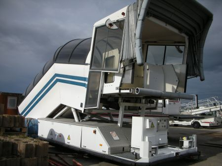Electric lift for plane FFG.