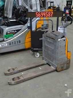 Still EXU-16 1600 kg