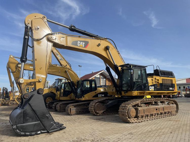 Caterpillar 374DL ME Tracked Excavator