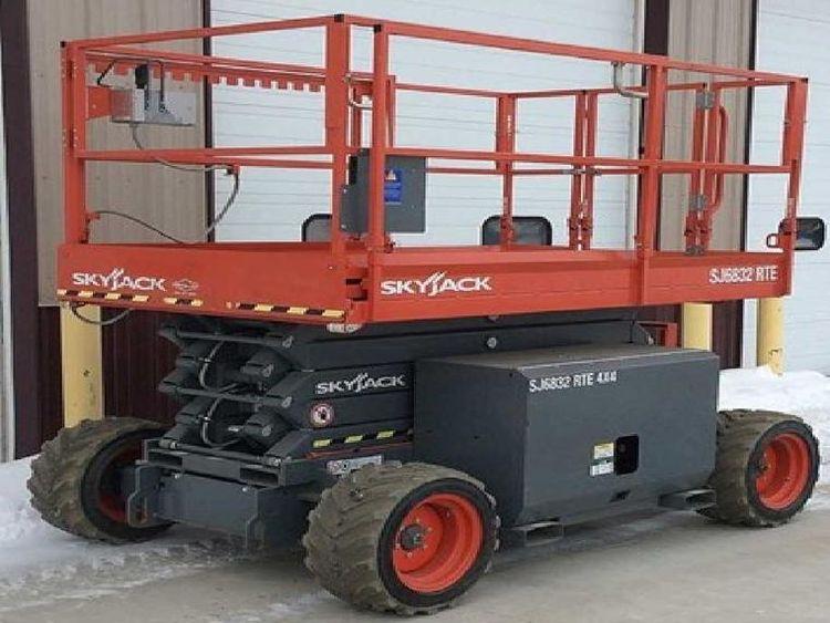Skyjack SkyJack SJ6832RTE  Scissor Lift