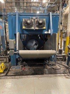 Milnor M9V4232C Centrifugal Extractor