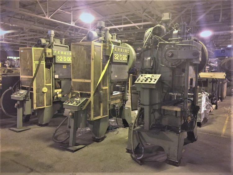 Perkins 32-S Max. 32 Ton