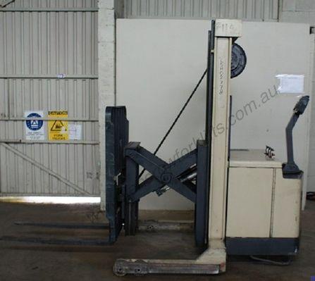 Crown Walkie Reach 1500kg  30WRTL126 1500kg