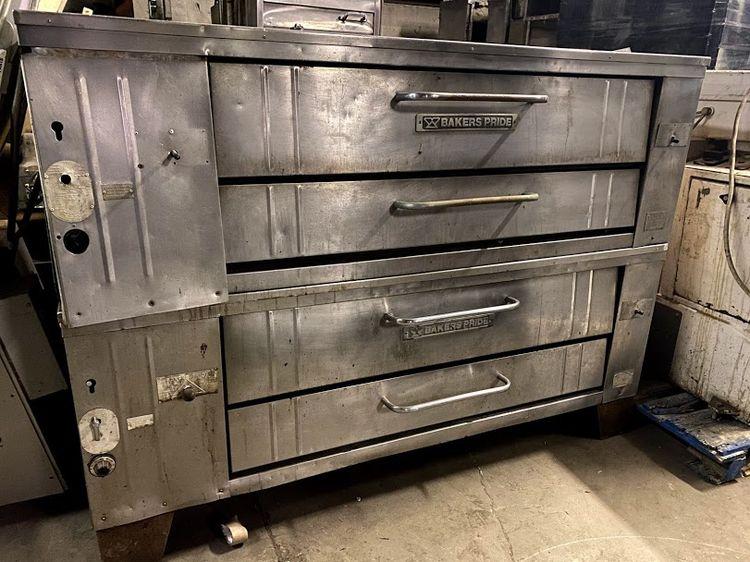 Baker's Pride Y600 Gas Pizza Oven