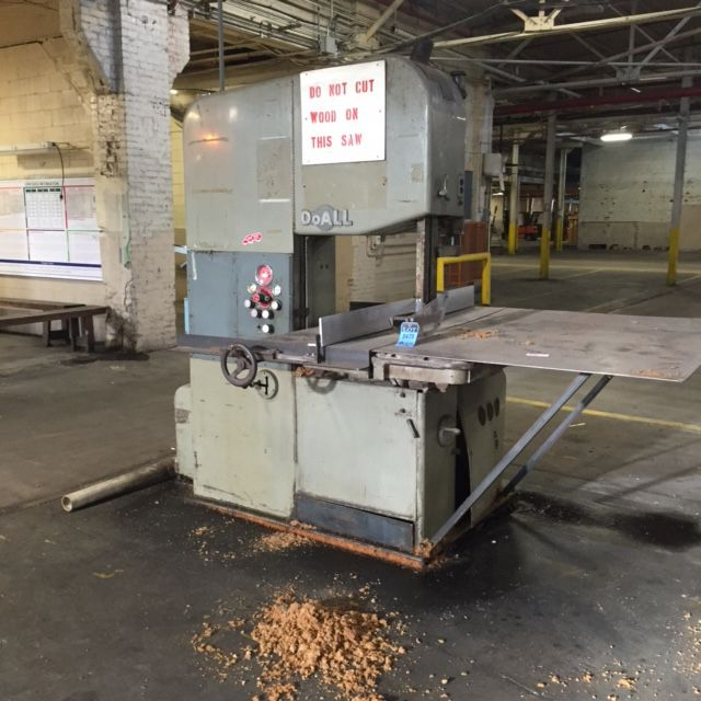 Do All 2618-3D Vertical Band Saw Semi Automatic