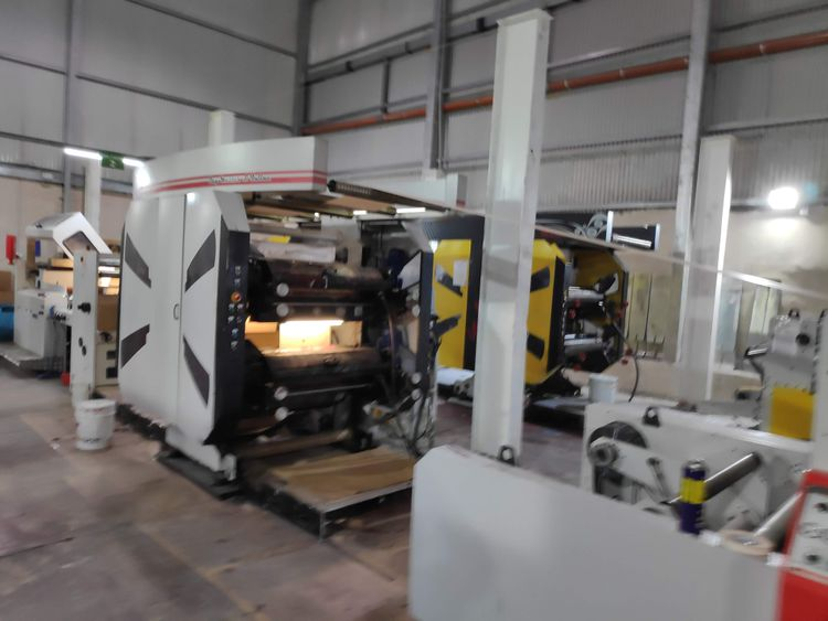 Somtas Flexo Printing Machine 4 color Stack Type,  YEAR 2017  visible in production, very good condition!