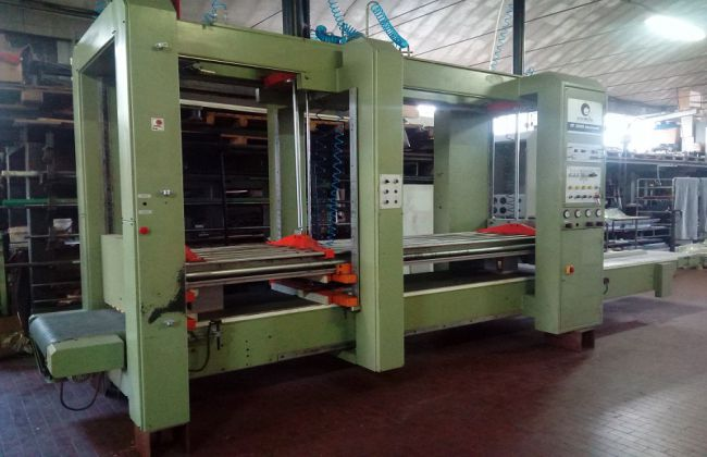 Comil CF 2000 ELECTRONIC, Clamping machine