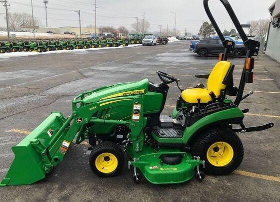John Deere 1025R Compact Utility Tractors