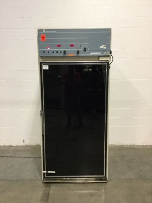 Forma Scientific 3956 Reach-In CO2 Incubator