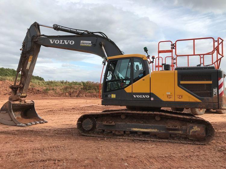 Volvo EC250EL Excavator - Tracked
