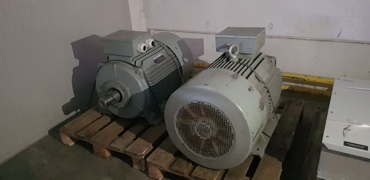 4  Fan with motor AC Motoren and inverter