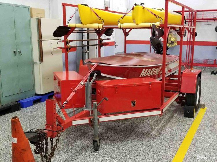 Other 12' aluminum v-bottom boat