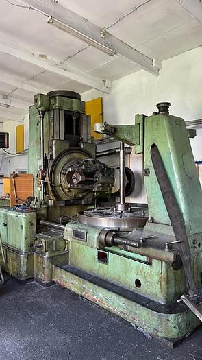 TOS FO 16 Variable Gear milling machine