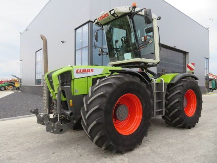 Claas Xerion 330VC