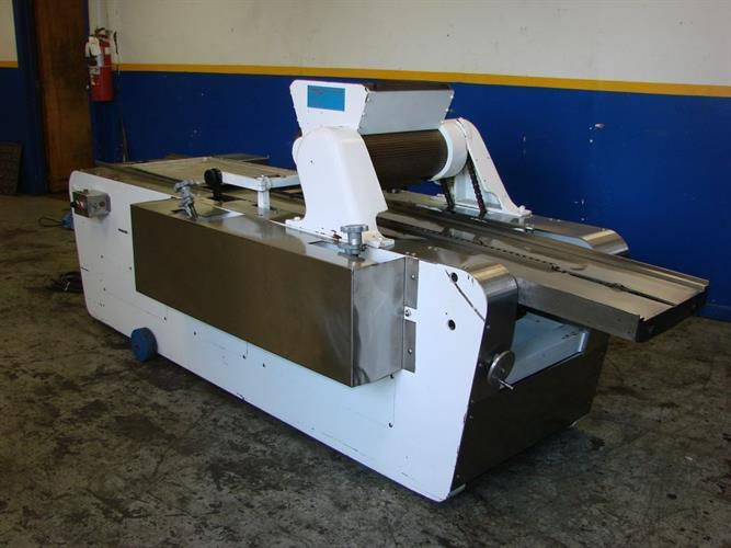 """Werner 18"""" Wide Wire-Cut Extruder for Pans"""