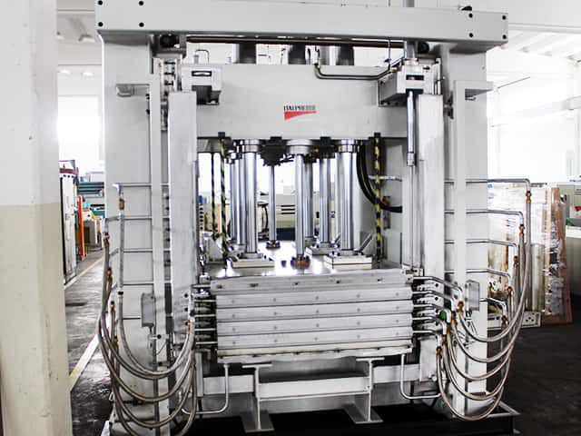 Italpresse KOMPAX 5, Through feed press