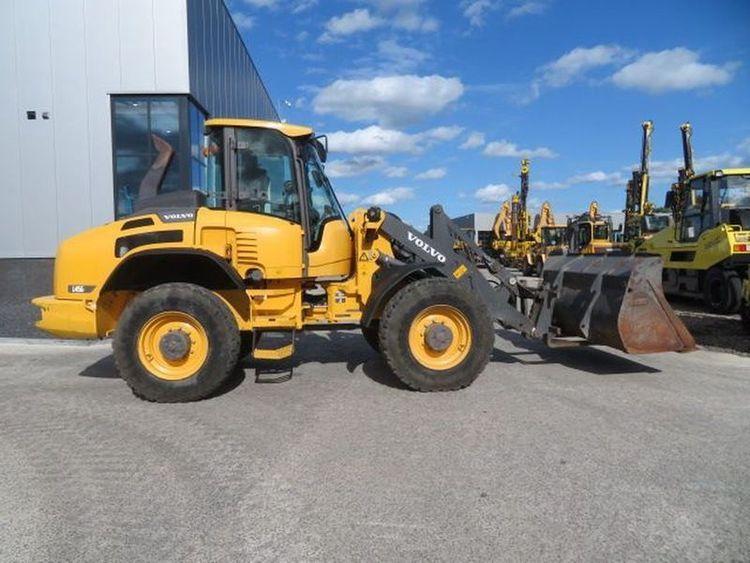 Caterpillar 320E L RR Excavator
