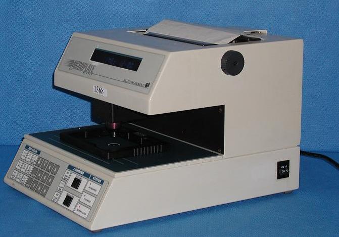 BioTek EL308 Microplate Reader