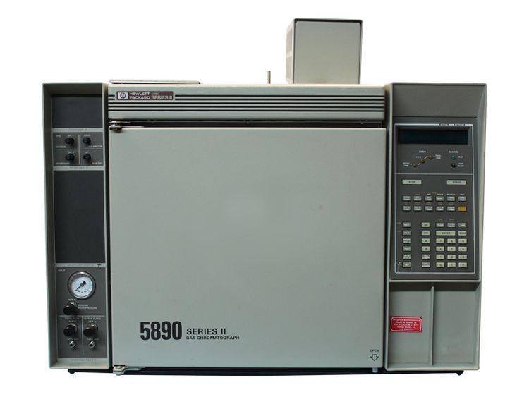Hewlett Packard HP 5890 Series II Gas Chromatograph
