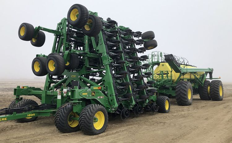 John Deere 1895 Air Drills & Seeders