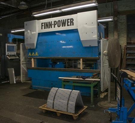 Finn Power FINN-POWER  FPB 135-3050 137 Ton