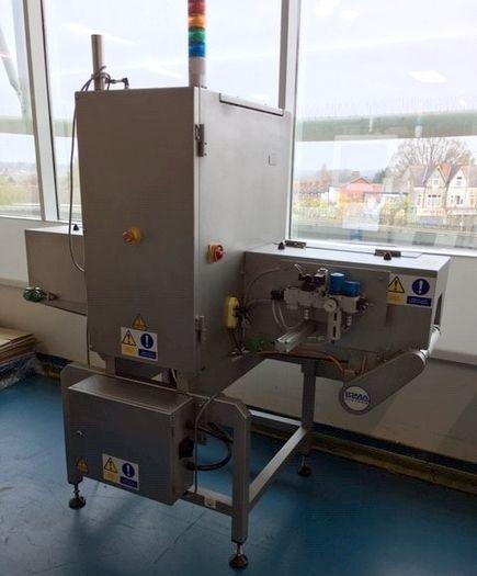 Loma X4 , x-ray machine