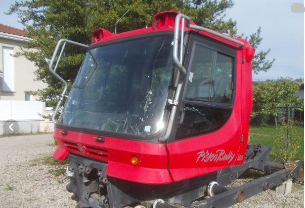 Pistenbully PB 300 W