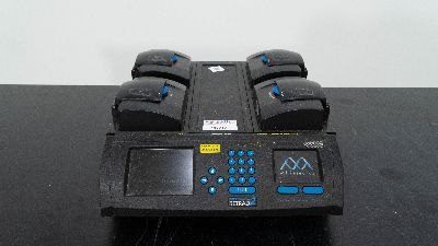 MJ Research DNA Engine Tetrad 2, Peltier Thermal Cycler