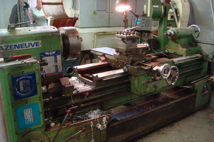 Cazeneuve Centre Lathe 1600 rpm HB 725