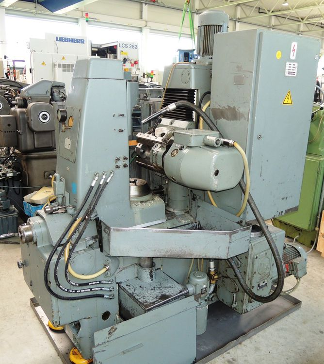 Pfauter P 160 V Variable Gear Hobbing Machines
