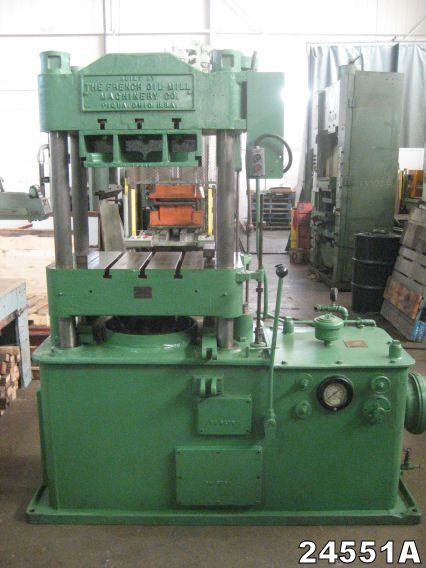 French OIL MOLDING PRESS 75 Ton